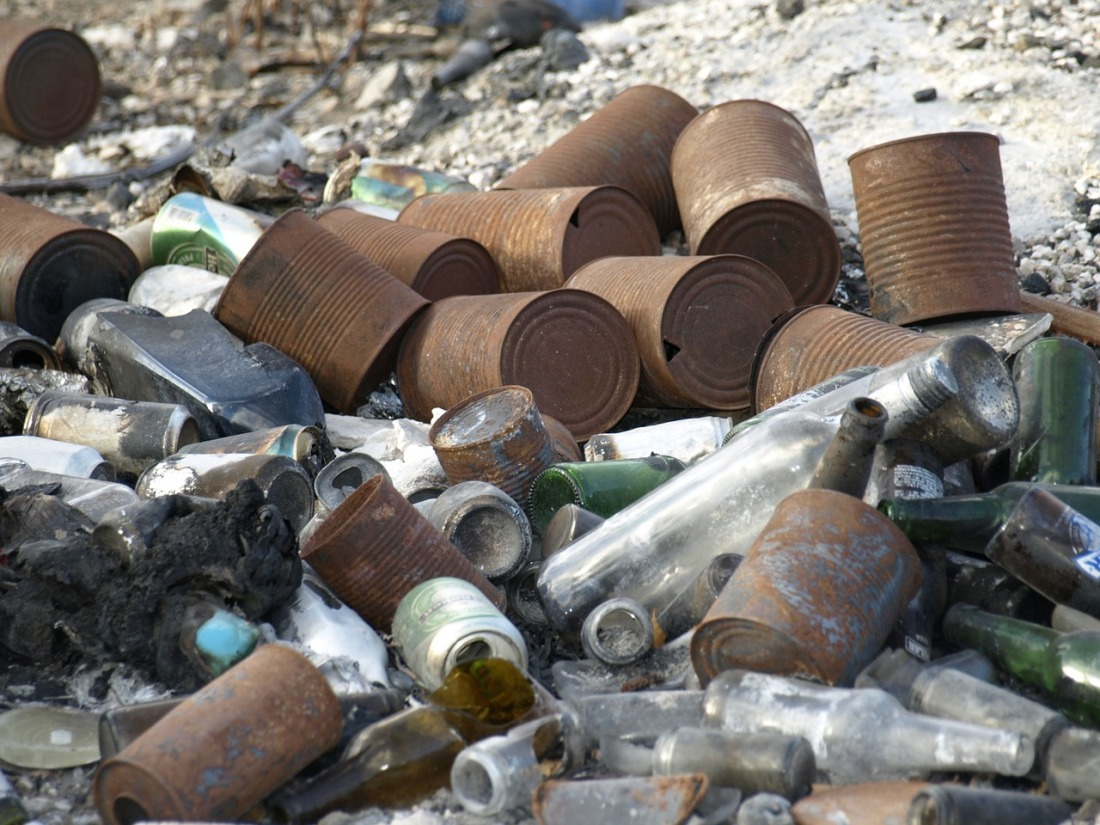 garbage-331929_1280